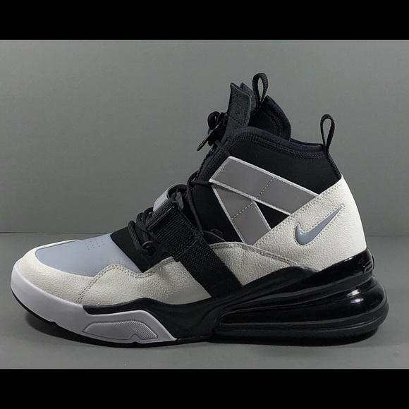 separation shoes 3ac17 13109 Nike Air Force 270 Utility Men s Mid Top Sneakers